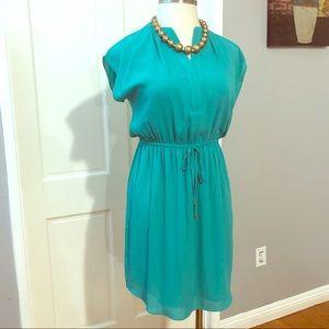 [APT.9] Green Cinched Tunic Dress